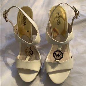 Michale Kors heels size 9